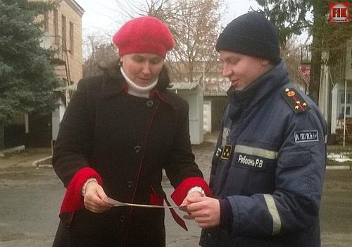 Рятувальники Кіровоградщини продовжують проводити роз'яснювальну роботу з мешканцями житлових масивів районів області.