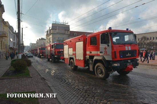 Пожежно-рятувальна служба Кіровоградщини отримали нову пожежно-рятувальну техніку (ФОТОРЕПОРТАЖ)