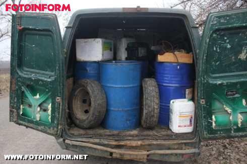 Кіровоградщина: розбійний напад у чорних масках (фото)