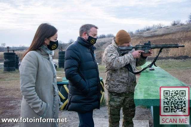 На Кіровоградщині пів сотні юнаків та дівчат змагались у стрільбі