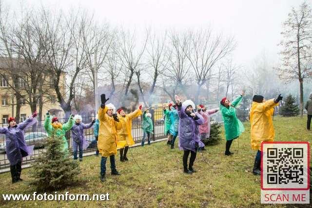 Кропивницкий, пациентов детской больницы, поздравили с Рождеством (ФОТО)