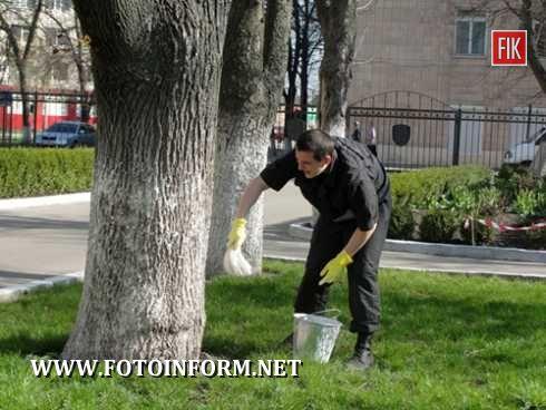 20 квітня, у рамках Дня довкілля, особовий склад УМВС України в Кіровоградській області взяв участь у низці