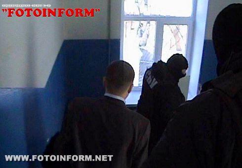 СБУ: На Кіровоградщині затримали на хабарі суддю (ФОТО)